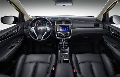 nissan tiida interior 2015 nissan apresenta tiida 2017 no sal 227 o de pequim auto
