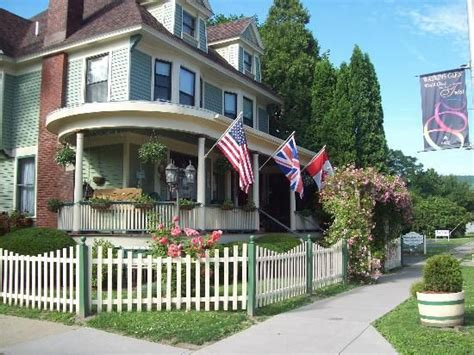 the marmalade cat bed breakfast in watkins glen ny ny