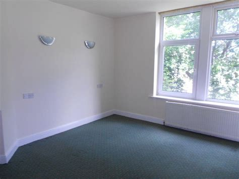 1 bedroom flat in bradford 1 bedroom flat to rent in flat 1 18 carr lane shipley