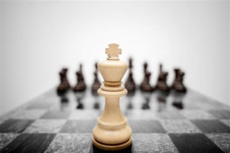 business and marketing lessons from masters of chess