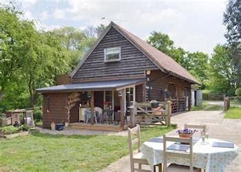 cottages in essex with dogs woodlands cottages woodlands ref ukc182 in elsenham