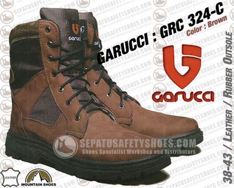 Sepatu Boot Kickers Trekking Safety Leather Suede New sepatu gunung garucci