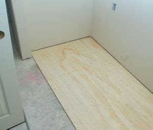 Vinyl Floor Underlayment by Install Plywood Underlayment For Vinyl Flooring
