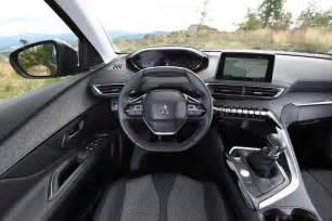 Peugeot 3008 Interior New Peugeot 3008 Suv 2016 Review Pictures Auto Express