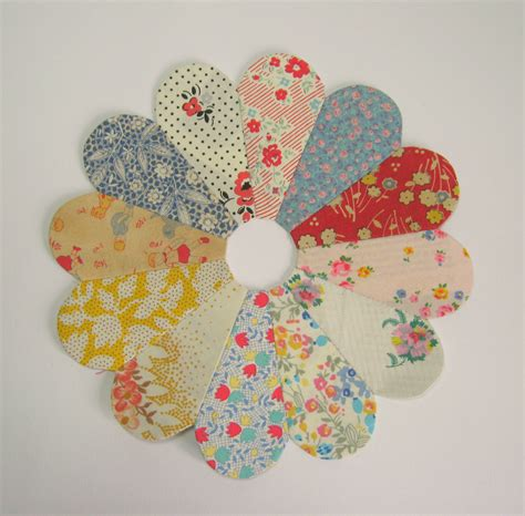 Dresden Patchwork - dresden plate patchwork ericka eckles