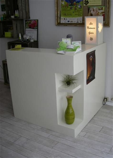 comptoir caisse esthetique mobilier professionnel meubles en angers