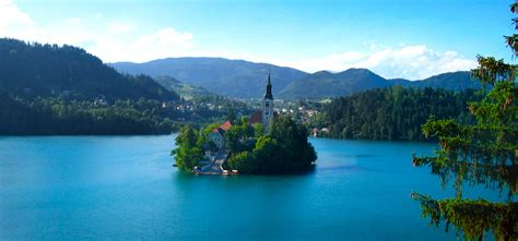 slovenia lake lake bled slovenia amazing places