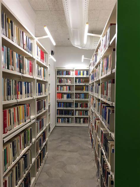 scaffali per biblioteche scaffalature per biblioteche scaffali compattabili