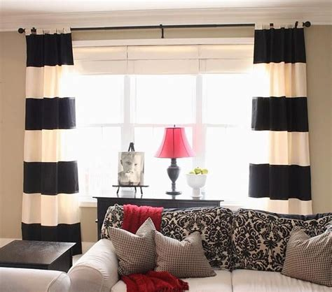 black and white striped bedroom curtains best 25 horizontal striped curtains ideas on pinterest
