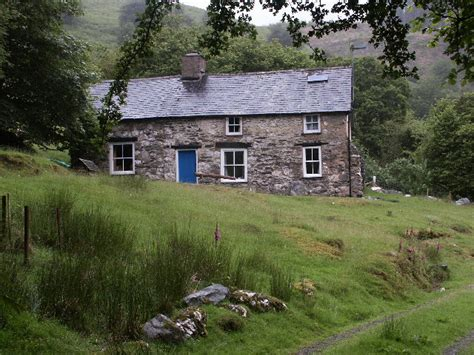 page places bron yr aur cottage finding zoso