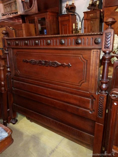 cama antigua de madera cabecero antiguo en madera de caoba para cama comprar