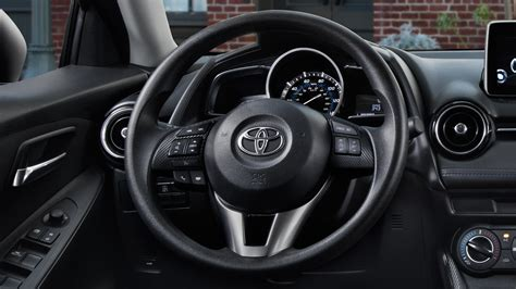 toyota yaris interior toyota yaris 2017 interior pictures cars models 2016