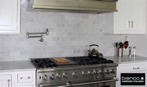 carrara marble subway tile kitchen backsplash 7 50sf carrara bianco honed 3x6 subway mosaic tile