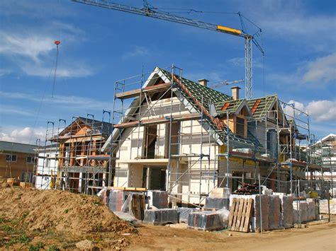 Neu Gebautes Haus Kaufen by Massivhaus Neu Bauen Oder Gebrauchtimmobilie Kaufen