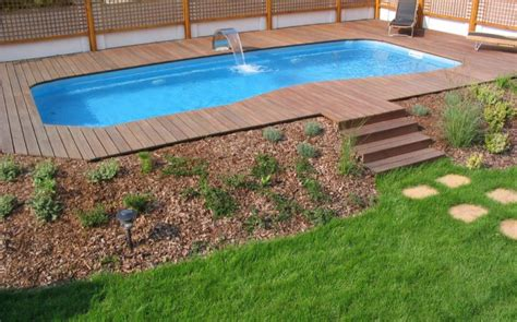pool landscaping on a budget startuphacks co landscape ideas