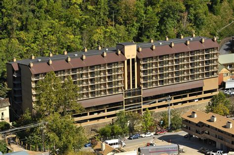 hotel in tennessee edgewater hotel gatlinburg 2017 room prices deals