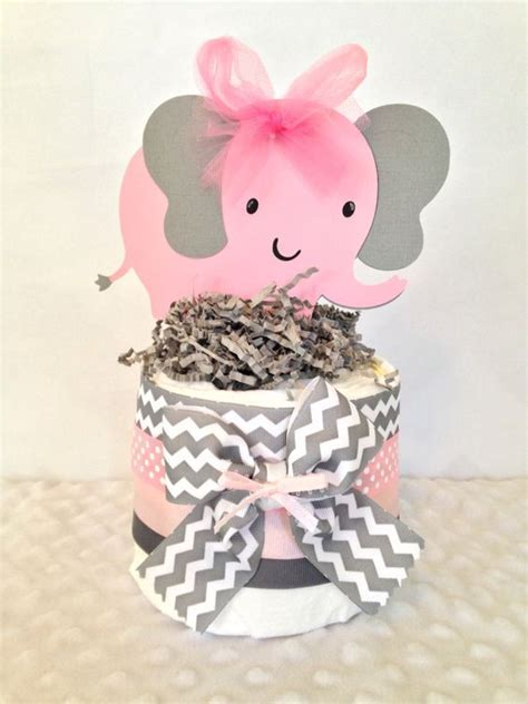 20 Cutest Girl?s Baby Shower Centerpiece Ideas   Shelterness