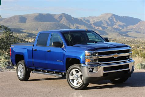 is a gmc a chevy 2016 chevrolet silverado hd gm authority