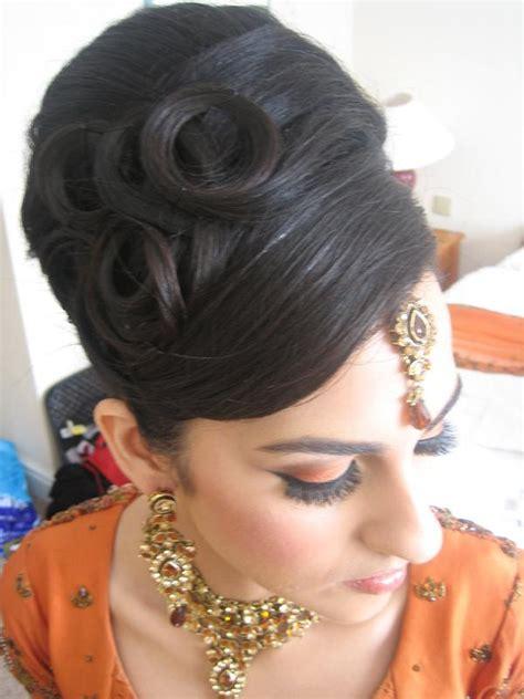 Asian Wedding Hairstyles 2012 Asian Bridal Bun And Hairstyle Xcitefun Net