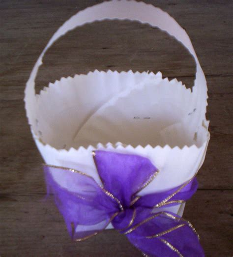 How To Make Paper Basket For - how to make a paper plate easter basket