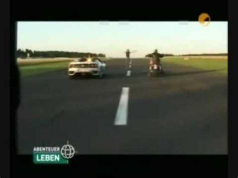 Boss Hoss Motorrad Vs Ferrari boss hoss vs ferrari youtube