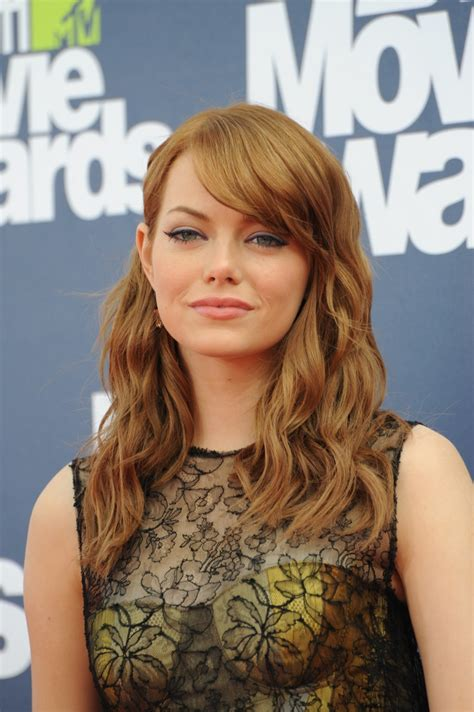 emma stone wavy hair emma stone hair color her hairstyle timeline