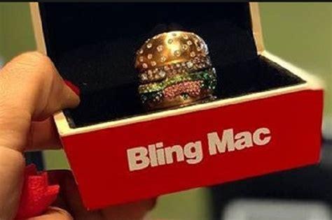 Cincin Mewah Safir Cylon Bertabur Berlian mcdonald tawarkan cincin mewah bertahtakan berlian