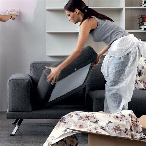 pulizia divani in tessuto le regole per una buona manutenzione divano in tessuto