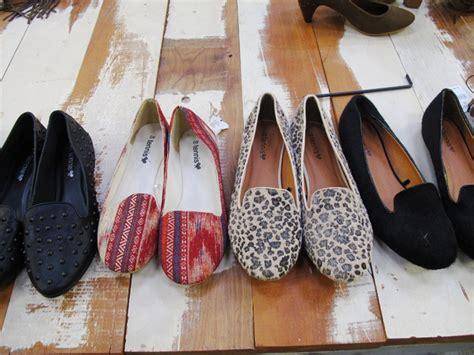 hugh hefner slippers 1000 images about loafers on