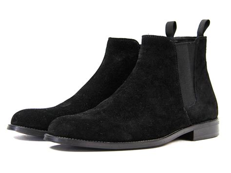 5 suede chelsea boots to add to your closet this season