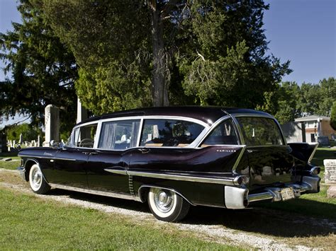 Superior Cadillac by 1958 Cadillac Superior Hearse And Ambulance