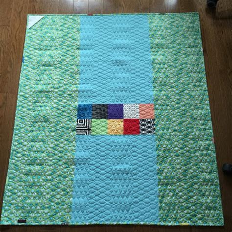 upstairshobbyroom adding a hanging sleeve to your quilt
