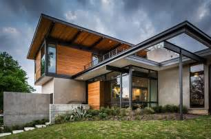 Modern Home Design Texas Steel And Glass Frame Of The Modern House Extends The