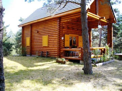 CHALET BOIS en RONDINS sur terrain boisé de 450m² Annonce Maison Bois.com