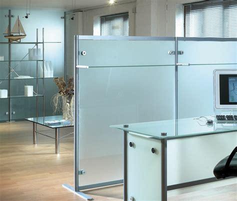 cloison verre bureau la cloison en verre est un moyen 233 l 233 gant d organiser l
