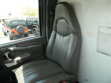 download car manuals 2005 gmc savana 3500 interior lighting 2005 gmc savana cargo interior pictures cargurus
