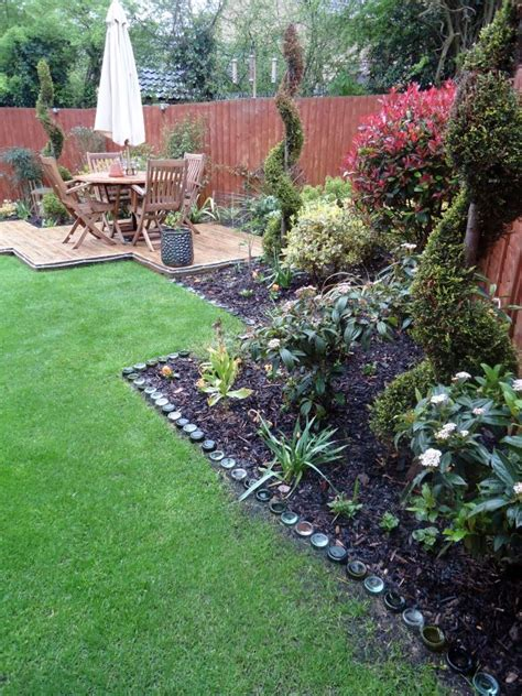 Recycled Garden Edging Ideas 17 Simple And Cheap Garden Edging Ideas For Your Garden Homesthetics Inspiring Ideas For