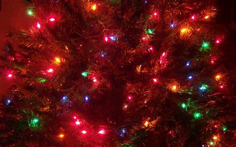 c 243 mo colgar las luces del 225 rbol de navidad