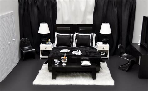 Interior Design Ideas Bedroom Black And White Black And White Themed Bedroom Widescreen Decobizz