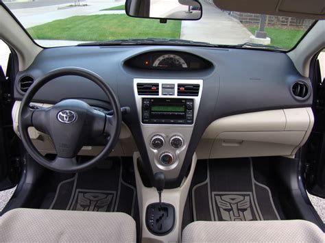 toyota yaris interior image gallery 2008 yaris interior