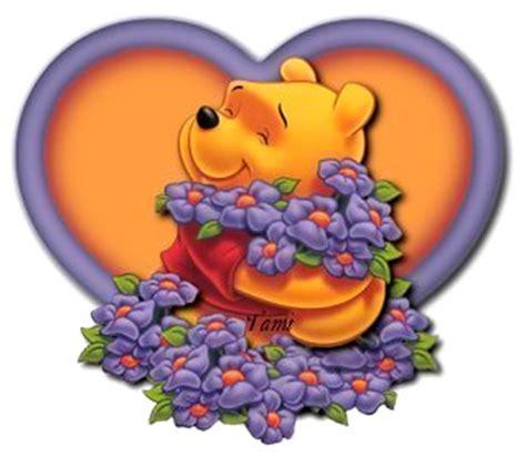 imagenes de winnie pooh con flores winnie pooh adentro de un coraz 243 n rodeado de flores