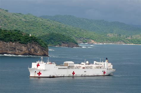 hospital ship comfort file us navy 110618 n ep471 301 the military sealift
