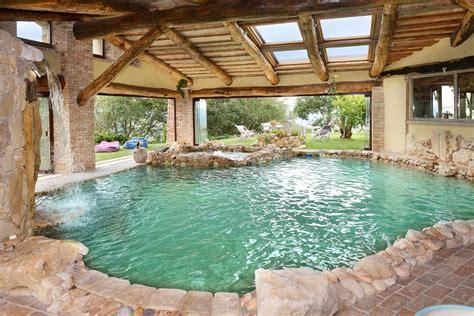 agriturismo con piscina interna villa privata con piscina interna riscaldata e benessere