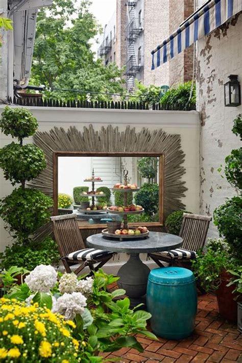 small urban garden in manhattan 1001 gardens