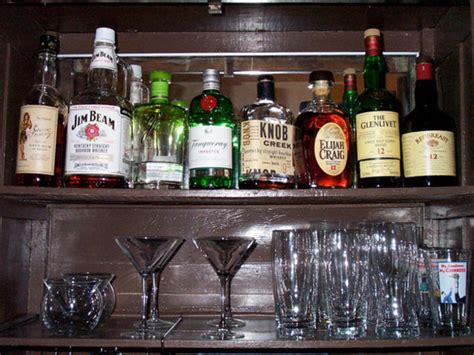 how to organise a cocktail ask a bartender what s one drink we should be at