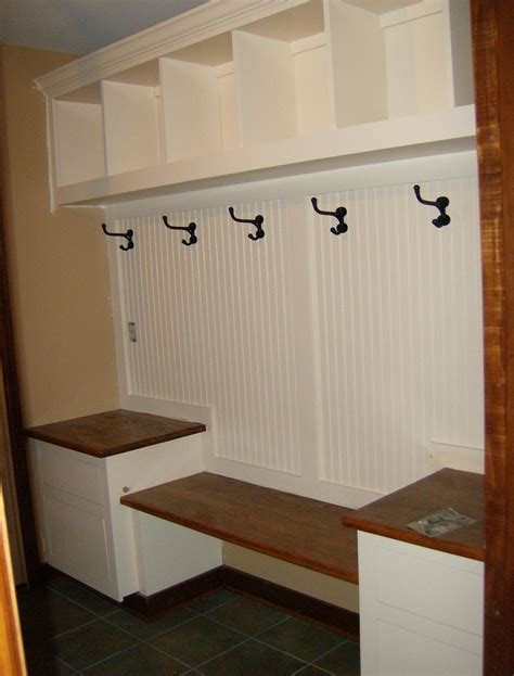 pictures of mudroom benches mudroom built in plans pdf woodworking