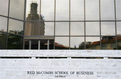 Ut Mccombs Mba Ranking by Mccombs Named No 2 School For Hispanic Mba Students The