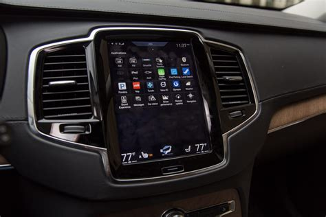 Auto Bildschirm by 2016 Volvo Xc90 We Dive Into Its Touch Screen