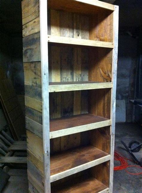 Bookshelf Made From Reclaimed Pallets ? 101 Pallets