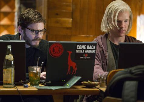 film biografi adalah 6 film bertema ilmu komputer ini seru banget